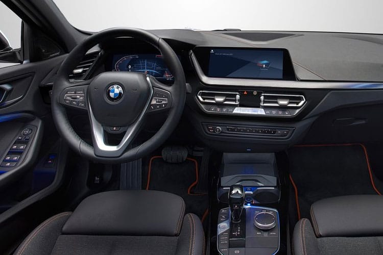 BMW 1 Series 118 Hatch 5Dr 2.0 d 150PS SE 5Dr Auto [Start Stop] inside view